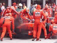 Vettel újabb három évre aláírt a Ferrarival